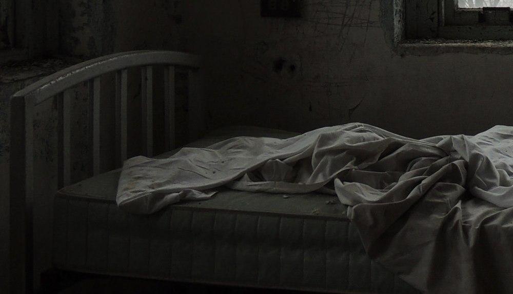 sleep nightmare dark bed sleeping with my laptop on under a blanket